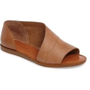 1.STATE Celvin Sandal Caramel Leather 9.5